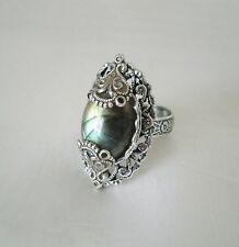 Labradorite Ring, moroccan boho bohemian hipster new age victorian art deco