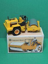 NZG N°157 Ingersoll-Rand SP-60 Compactor Roller rouleau Diecast 1/50 + box