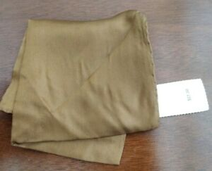 """Ashear 100% Silk Gold Hand Rolled Italy Pocket Square Vintage NWT 18""""x19"""""""