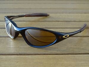 Oakley Sonnenbrille Modell Minute Braun Gold Herren Brille Sunglasses