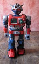 Super robot jouet ancien interactive  avance, parle, tourne fait des bruits 1996