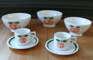 3 Café Bols / Schalen + 2 Café Tassen, Frankreich, Keramik, Apfel mit Blatt
