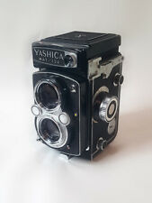 Yashica Mat 124 TLR medium format (with case)