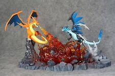 Pokemon Go Poke Studios Charizard X VS Charizad Y Figure Zukan Deluxe Model gk