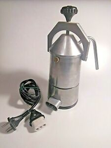 Soviet vintage electric coffee maker. Rare. Works good