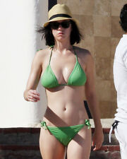 Katy Perry Sexy Busty Pose In Green Bikini And Hat 16x20 Canvas Giclee