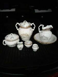 Antique Vintage wash set chamberpot sloppot mustachecup toothbrush soapdish