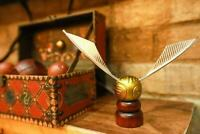 Harry Potter The Golden Snitch Tabletop Prop Decoration Article Gift for Kids