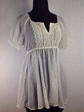 Mudd White Elegant Shear/ V-Neck Lace Women's Small Blouse Shirt