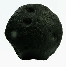 1.83g  BUTTON TEKTITE WITH 3 GAS BUBBLE HOLE AUSTRALITE SIMPSON DESERT AUSTRALIA
