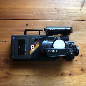 SONY VIDEO 8 CAMERA RECORDER CCD-V8AF-E con custodia