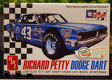 DODGE Dart sportsman # 43 richard petty, 1:25, Office 819