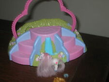 MY LITTLE PONY BANK  POND STEPS HEART ARCH PLAY SET NON MLP PONY FIGURE COMB