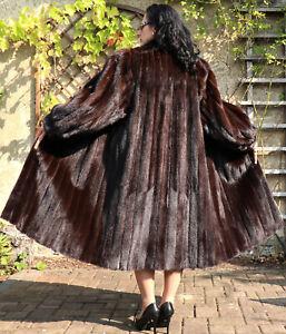 Nerzmantel Pelzmantel Nerz Pelz Damen Mantel Fell Design Mode Böck Dk. Braun