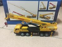 Construction Vehicle Mega Lifter 1/50 Die-Cast Metal Model Truck New in Box