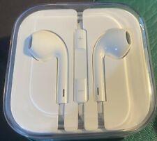 APPLE EARPODS - BRAND NEW in BOX