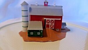 N Scale Pola Red Rural Barn With Silo Building, Built, Vintage