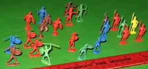 NICE LOT OF VINTAGE GIANT H/O SCALE ROMAN INFANTRY....