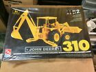 1/25 John Deere 310 Backhoe Loader model  (sealed)