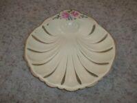 """Vintage Cream Colored TOLEWARE Bowl Dish 10 1/2 x 11"""""""