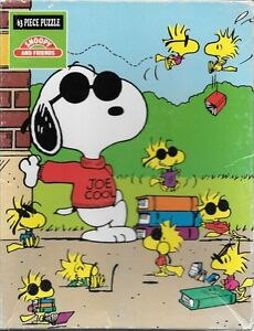 "Peanuts Snoopy Joe Cool & Friends Woodstock 63 piece 12"" x 15"" puzzle 1975"