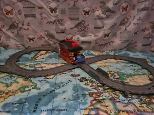 Thomas & Friends - Take N Play take and play  Sodor Engine Wash fold up
