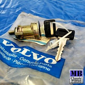 75 - 85 Volvo 240 260 door lock & key Genuine NOS 1246138 1382355