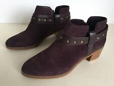 Clarks Ladies Boots Mid Heel Ankle Smart Casual Winter Suede Burgundy Size 4 D