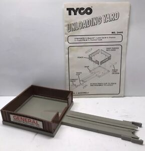 Tyco US 1 Unloading Yard Electric Trucking HO Scale Construction Kit 3440