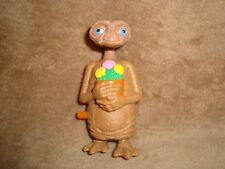 2002 Wendy's E.T Extra Terrestrial holding flowers Wind Up PVC