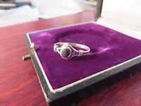 Zarter 925 Silber Ring Email wie Onyx Schmal Durchbrochen Umwunden Indianisch