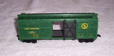 Ho Scale Great Northern #582033 cattle car (Model Power #8010) (green)