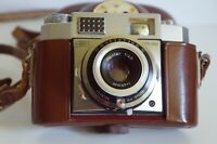ZEISS IKON CONTINA w/ ZEISS PANTAR 2.8 / F=45mm LENS AND GENUINE LEATHER CASE