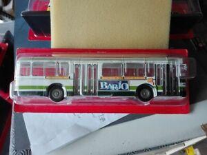 RENAULT  SC10 R  BUS PARISIEN  RATP  1981  IXO  MODEL   1/43