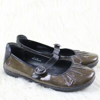 Born Carlisle Patent Leather Mary Janes Flats Brown Black Comfort Shoes Size 10