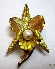 Flower Brooch With Pearl 18k Yellow & Rose Gold
