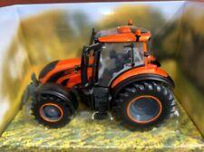 43273 1/32 Britains Metallic Orange Valtra T245 *NEW IN STOCK*