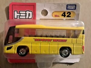 MOSC Takara Tomy Tomica 42 Hato Bus 1/156 scale NO785415 Diecast Toy Car Vehicle