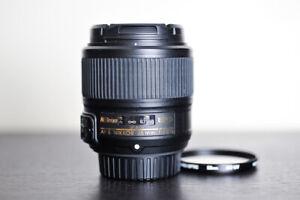 Nikon AF-S 35mm F/1.8G FX Prime Lens w/ UV Filter - US Model!