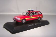 1/43 Pompier Norev (NOR474553) Peugeot 405 break