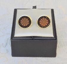 Gemelli vintage Gioco freccette, c1970 Made in England Cufflinks Darts Game