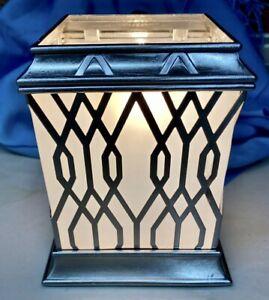 Intertek MC-015 Metal Mid-Size Wax Scent Warmer Light-Up Geometric Accents