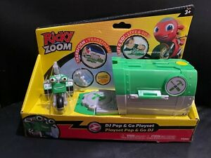 Ricky Zoom Pop & Go Playset featuring DJ Rumbler Exclusive Design NEW Transforms