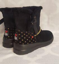 I ❤ UGGS 9 womens heart black boots NWOB NEW back 2 school short wedge fur pure