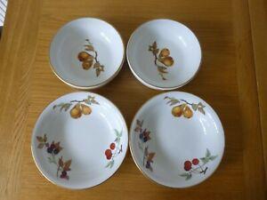 "4 Royal Worcester Evesham Gold Bowls - 2 x 6.75"" Bowls & 2 x 8"" Bowls"