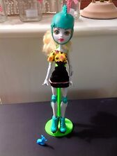 Monster High Lagoona Blue Doll Skultimate Roller Maze Doll With Stand