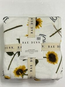 """RAE DUNN """"LOVE"""" SUNFLOWERS Plush Queen Size Blanket 90""""x90"""" Super Soft! BNWT!"""