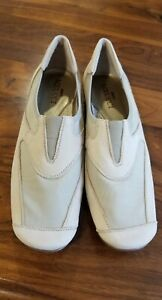SESTO MEUCCI *NEW* Slip On LOAFERS /FLATS Beige LEATHER Stretch COMFORT Shoes 8M