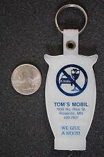 Tom's Mobil Gas Oil Station Roseville Minnesota Owl Plastic Keychain Key Ring