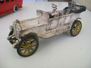 ancienne voiture fonte 23 cm